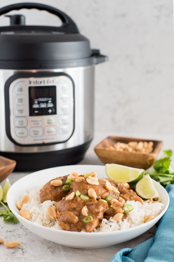 Instant pot/pressure cooker thai chicken thighs with peanut sauce and white rice