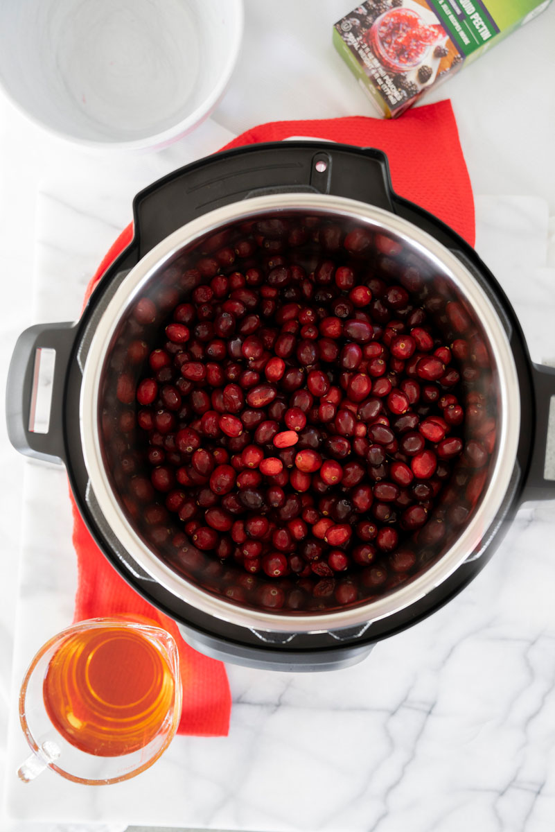 fresh cranberries in an instant pot