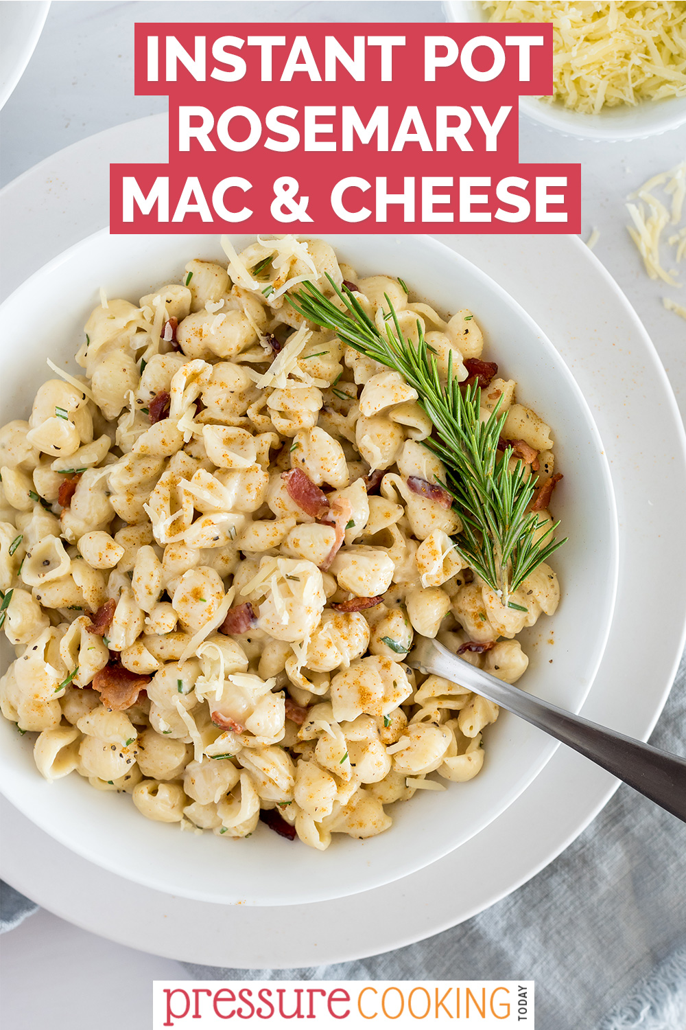 Instant Pot Mac and Cheese made with rosemary and bacon is an easy meal for grown-up tastes with Gruyere cheese, fresh herbs, and bacon on top. Plus your kids will love it too! via @PressureCook2da