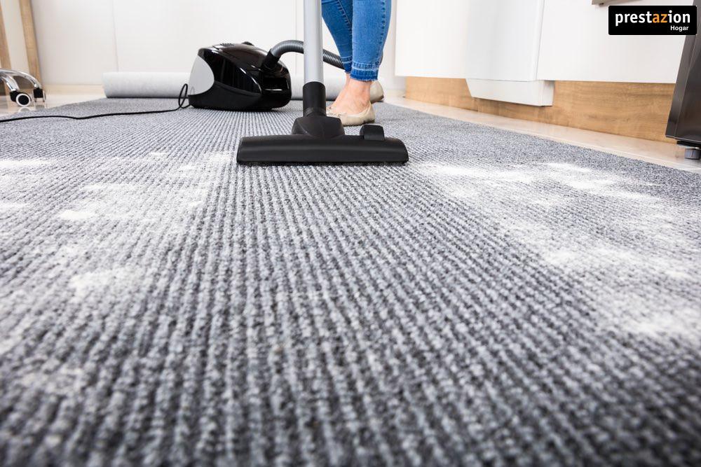 aspirando-alfombras