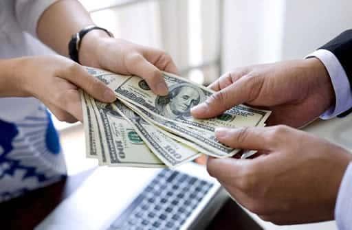 入出金サービスからどのようにお金を出すか考えよう