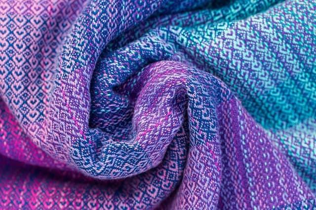 laine tissu naturel ou synthétique