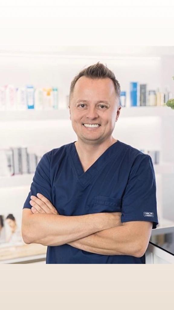 dr Mariusz Borkowski Lato 2021