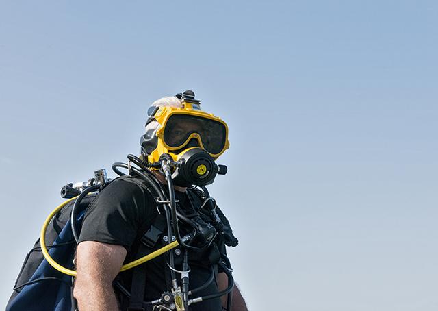 w14.08.22-LH-FEAT-Police-Divers-DFulgencio-0210