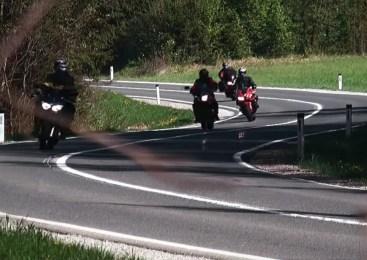 V preteklem dnevu kar dva poškodovana motorista