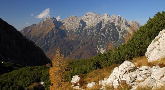 V zahodnih Julijskih Alpah, v Italiji, življenje izgubila dva državljana Slovenije