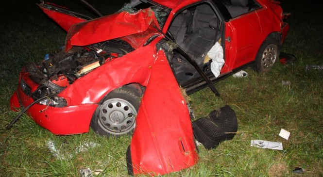 V prometni nesreči umrl 24-letni voznik osebnega vozila