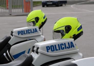 V včerajšnjem poostrenem nadzoru nad motoristi policisti zaznali kar 18 kršitev