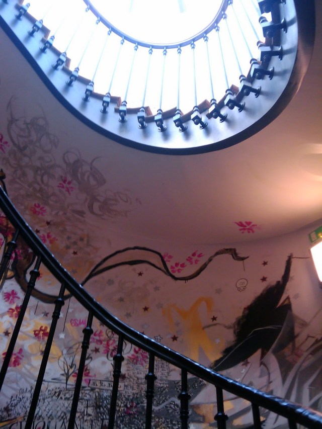 59 Rivoli stairs paris