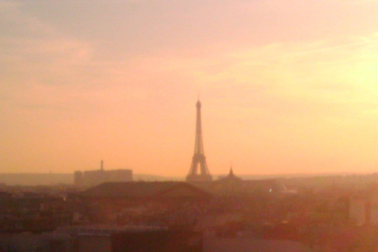 Eiffel Tower Pink Sky PreteMoiParis