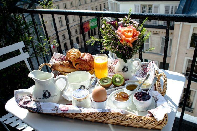 Petit dejeuner hotel