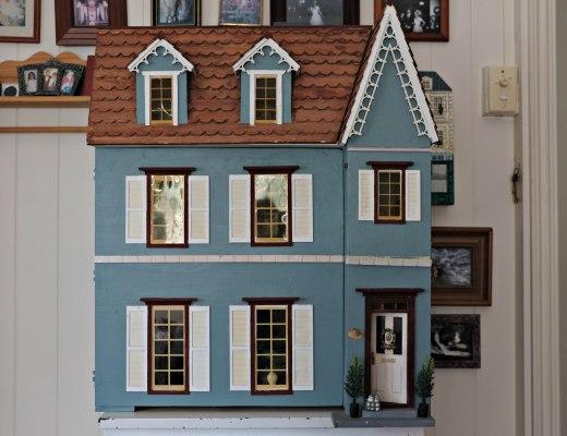 Dollshouse before