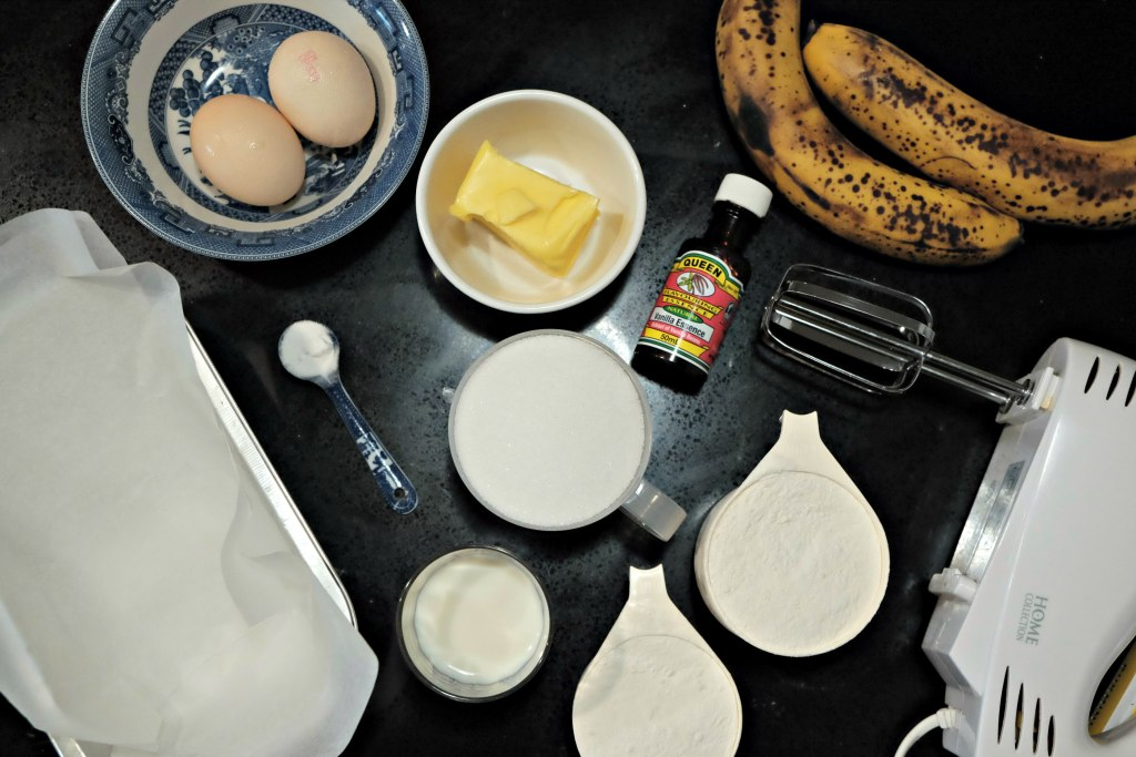Picture of all the ingrediants to make the banana bread loaf