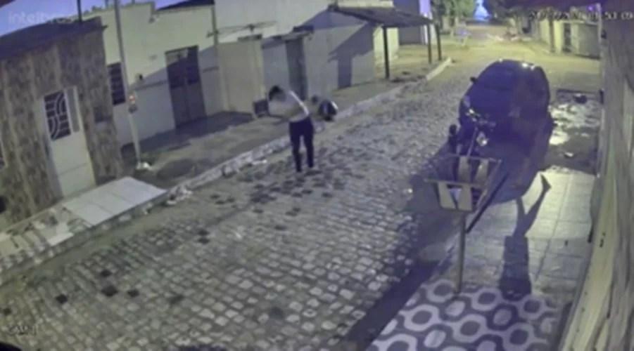 Mulher é agredida por ex-marido e tem moto destruída, em Juazeiro