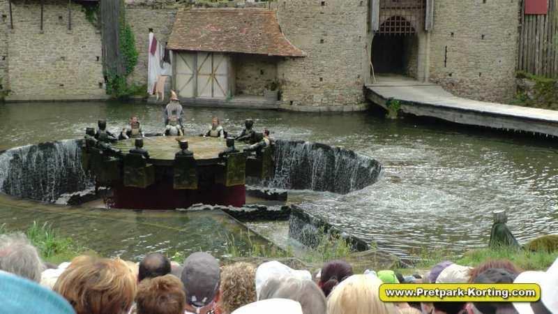 Puy du Fou shows - Les Chevaliers de la Table Ronde / De Ridders van de Ronde Tafel