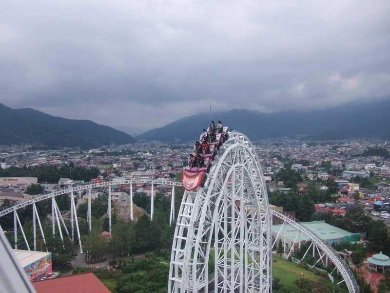 Top 10 snelste achtbanen ter wereld - 5 Dodonpa