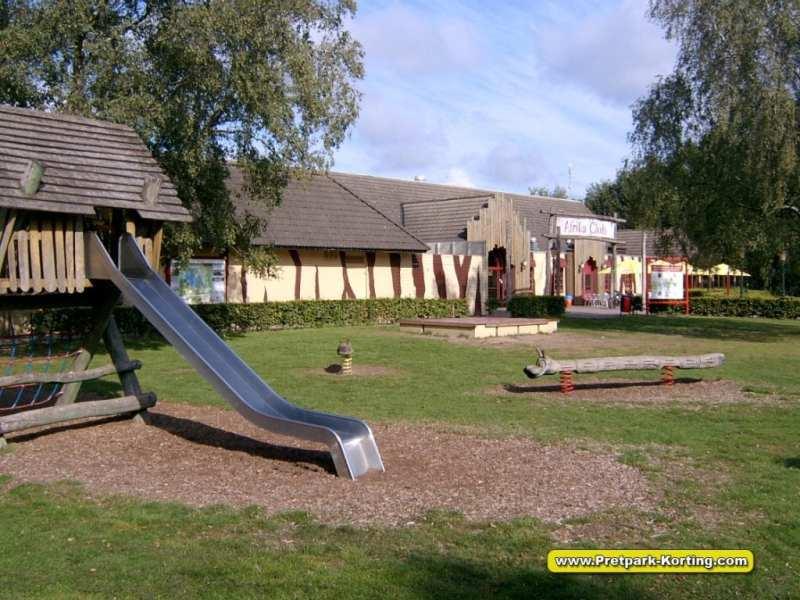 Vakantiepark Beekse Bergen - Restaurant snackbar en speeltuin