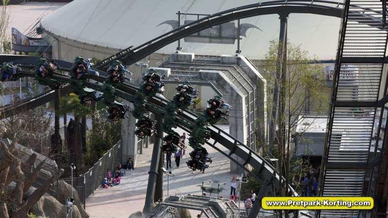 Pretpark Gardaland Gardameer - Raptor achtbaan