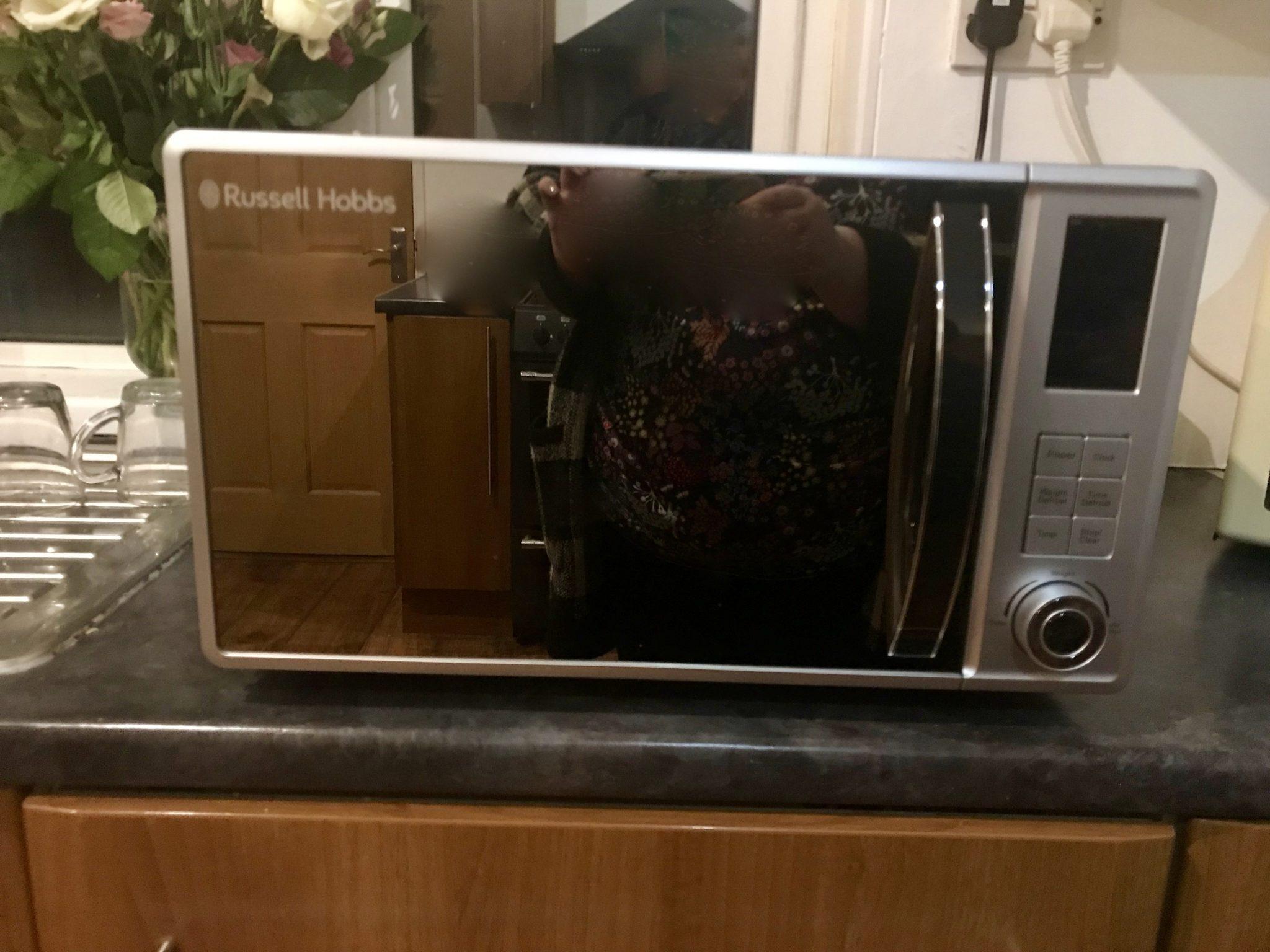 Russell Hobbs RHM2362S 23 Litre Microwave
