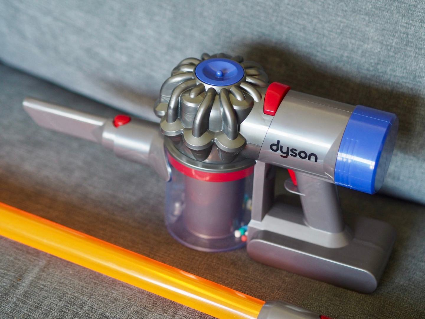 Casdon Toy Dyson Cord-free Vacuum Cleaner Review - toys for toddlers