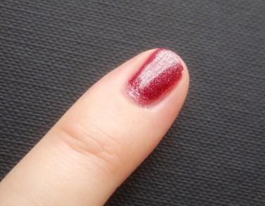 Glitter nagellak op het werk