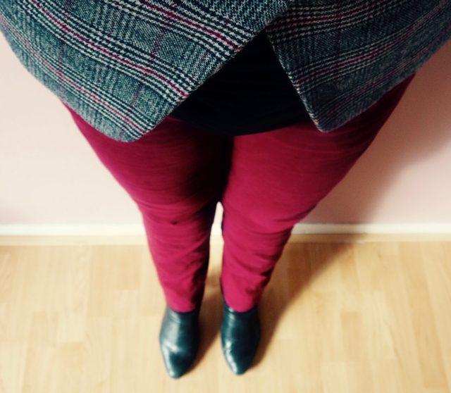 Het effect van rode kleding op de werkvloer