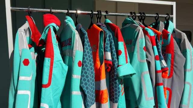 Nieuwe ambulancekleding: niet alleen kleur is vernieuwend