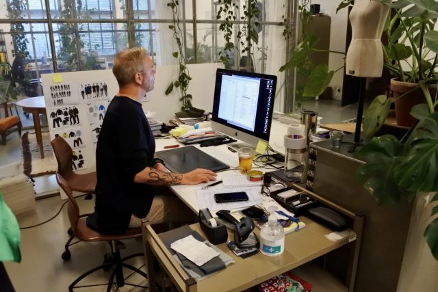 ''Werkkleding ontwerpen werkt heel anders dan mode''