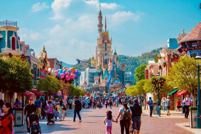 Disney medewerkers mogen volgens nieuw beleid tatoeage dragen