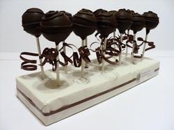cakeballs by nikki 2
