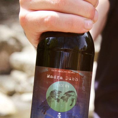 'Madra dubh' craft beer branding