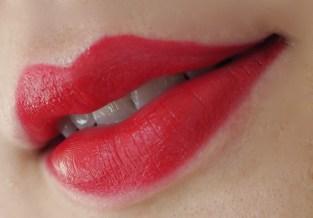 Harrods Marc Jacobs Lip Créme Le Marc Charlotte Lipstick review swatch Princess Charlotte