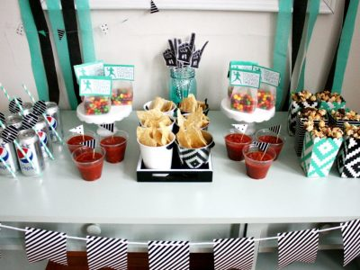 DIY A Little Party for the Big Game + Snickers® Popcorn Recipe!