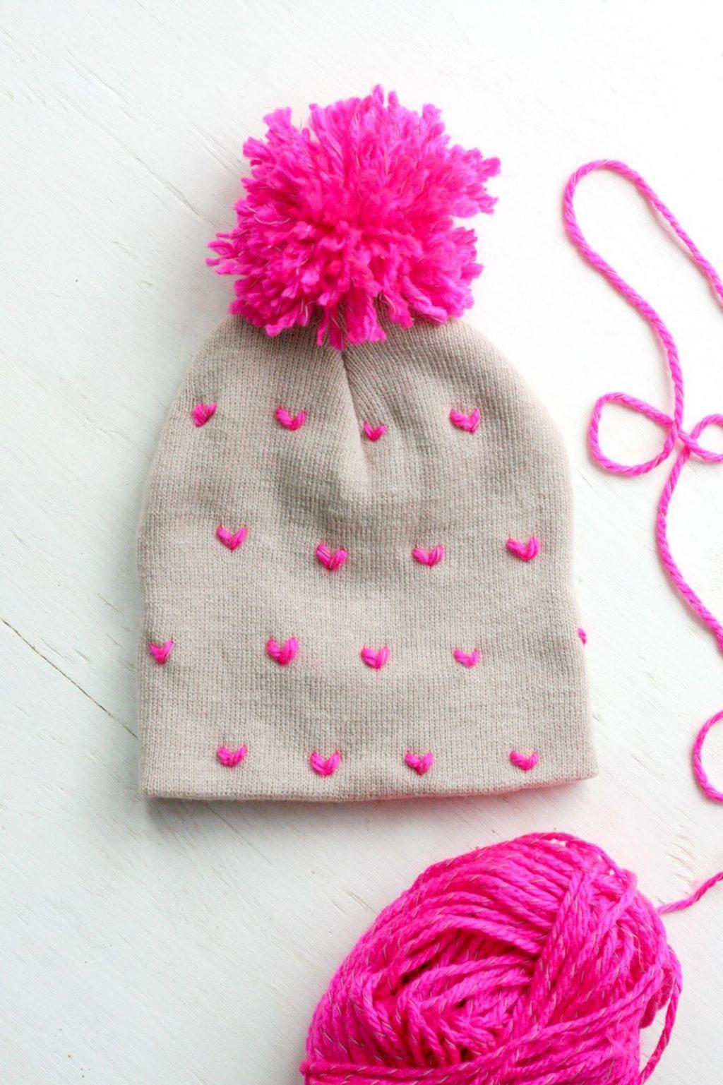 Pom pom crafts, pom pom hat