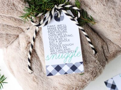 """Let's Snuggle"" Gift Tag Printable"