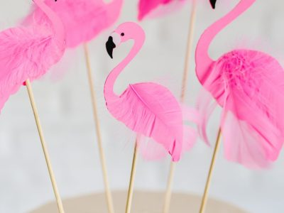 DIY Flamingo Cake Toppers