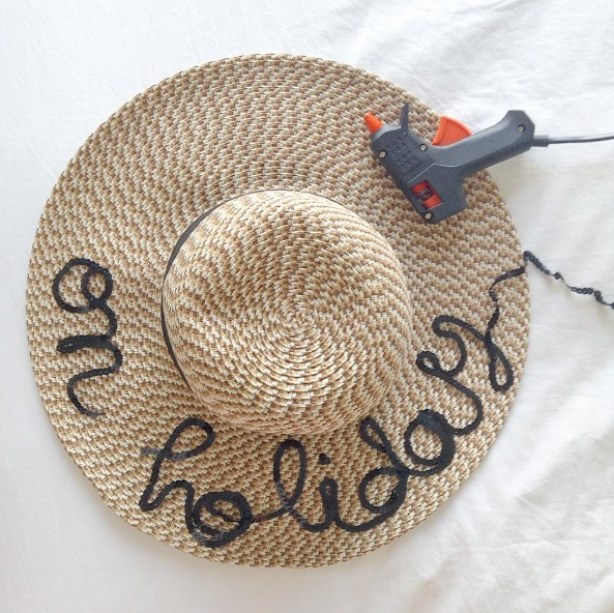 chapeau on holiday