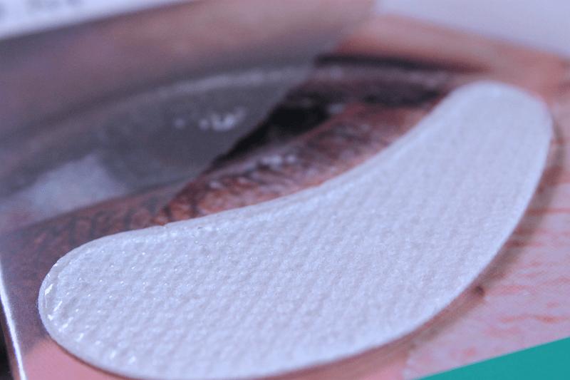 VII O2M Oxygen Eye Mask Texture