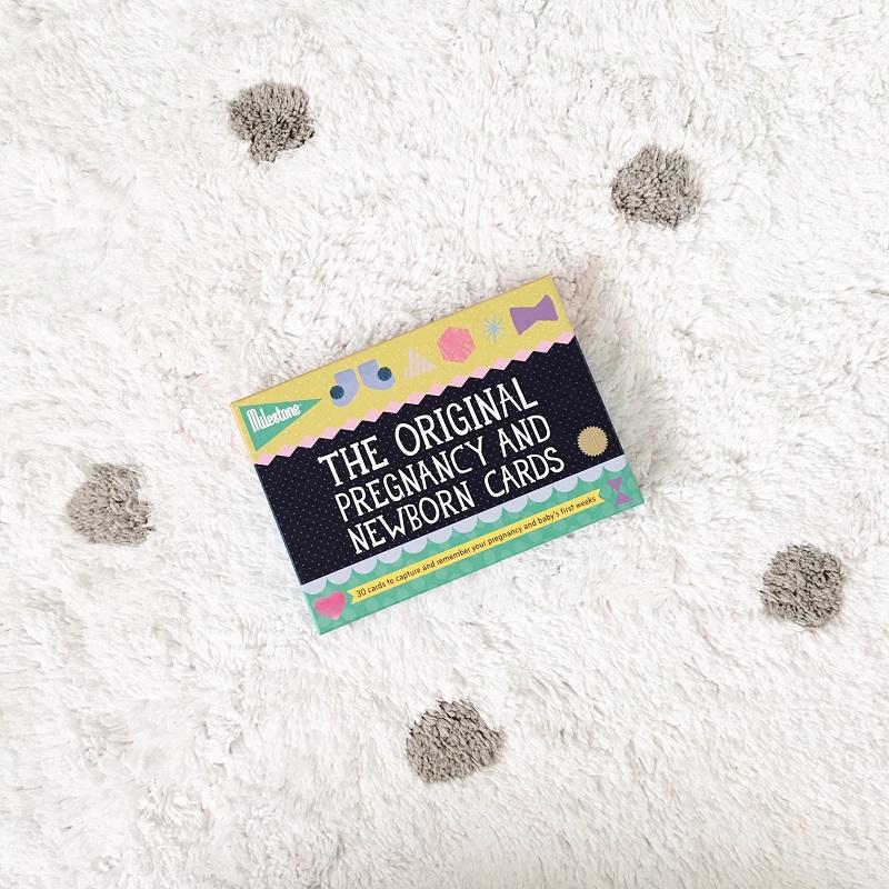 Milestone Baby cards Flatlay