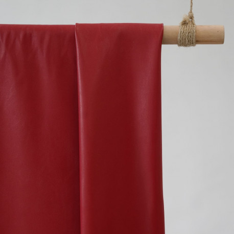 tissu simili cuir rouge x 10 cm