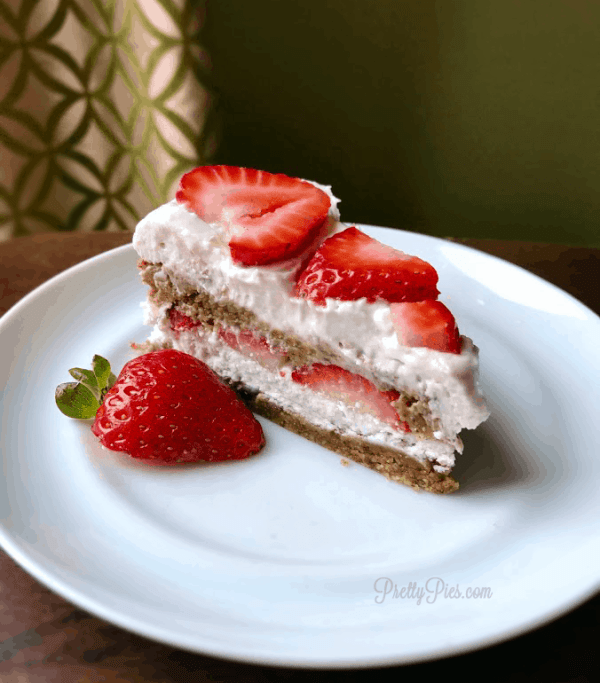 Peanut Butter Strawberry Shortcake | Pretty Pies