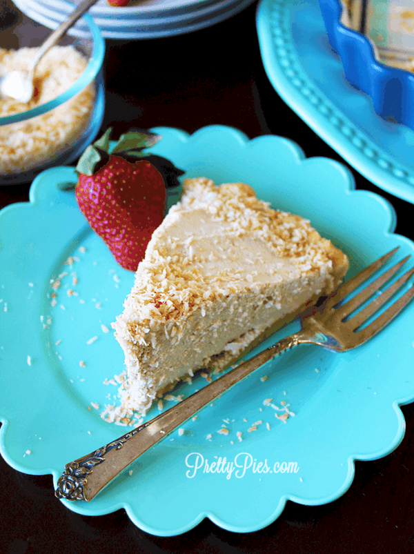 Coconut Cream Pie {Paleo, Vegan} PrettyPies.com