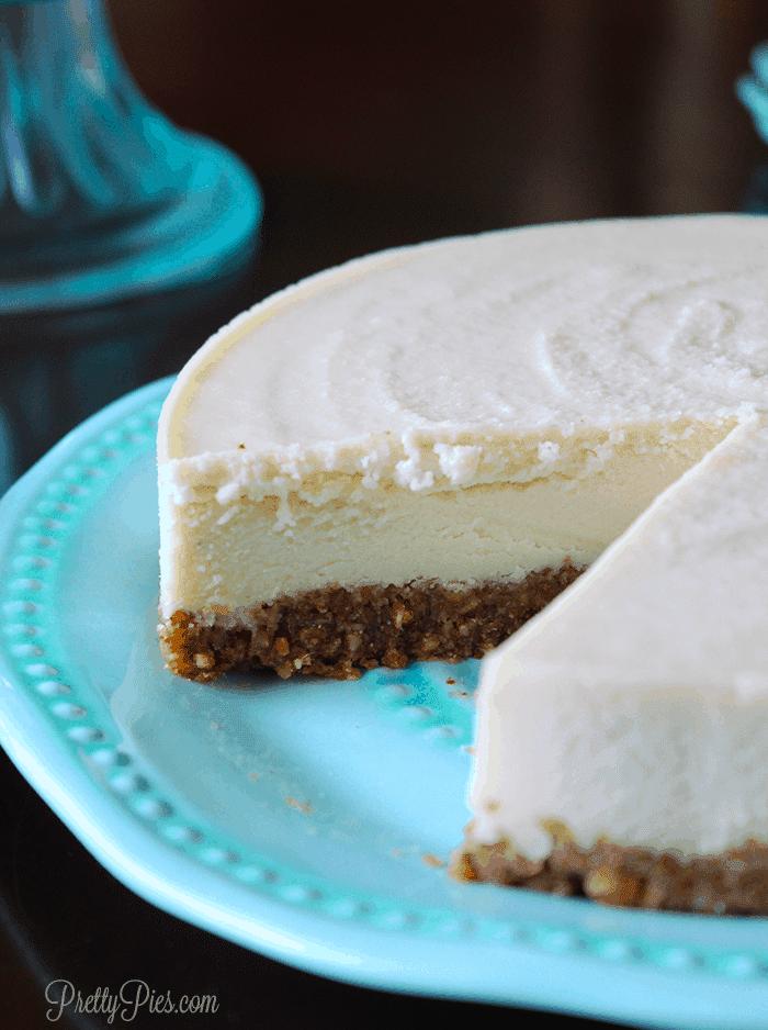Almond Dreamcake (Vegan, Paleo) PrettyPies.com