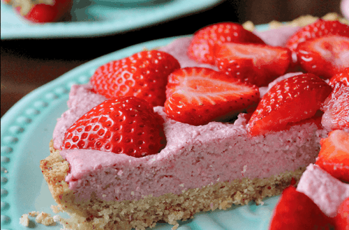 Strawberry Cream Pie (Gluten & Dairy-Free) PrettyPies.com