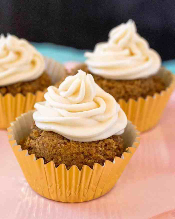 keto pumpkin cupacakes with vanilla frosting - from 'Yay! It's Sugar-Free' a