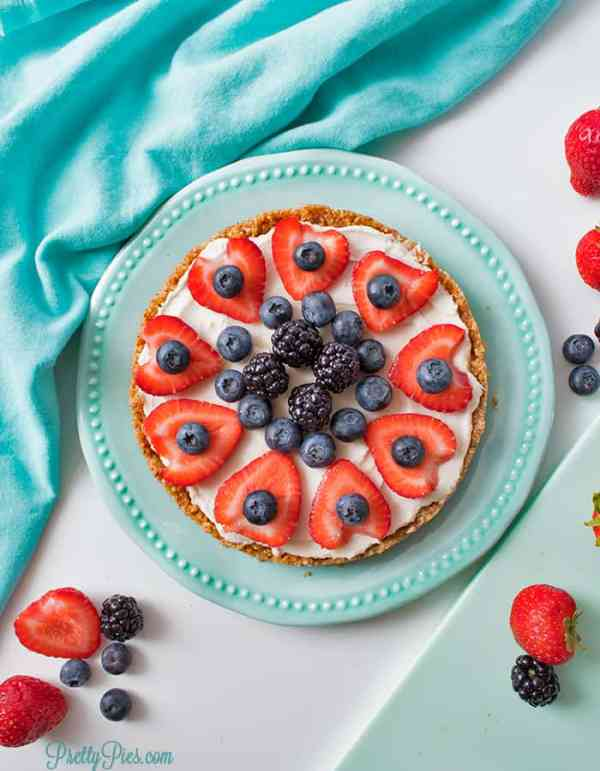 No-Bake Keto Fruit Pizza (Dairy-Free, Paleo, Vegan) PrettyPies.com