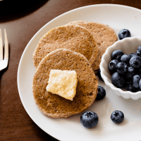 Low-Carb Pancakes (Dairy/Egg-Free, Vegan)