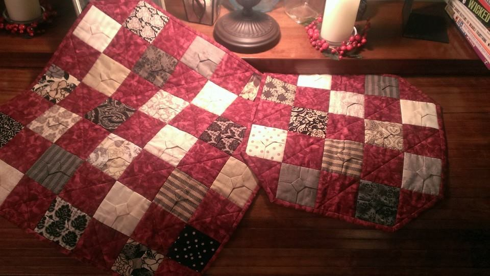 folded bow table topper quilts