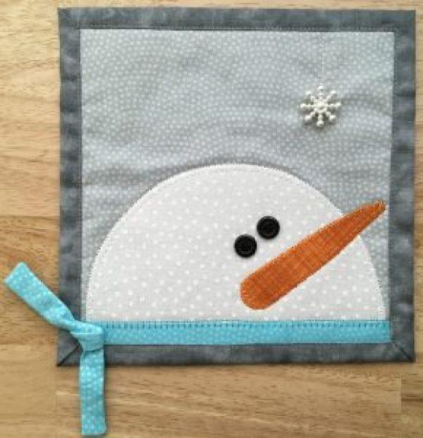 Snowman Family Mug Rug