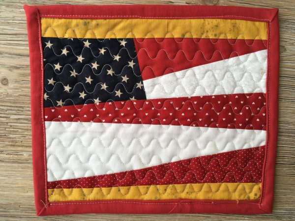 Paper Pieced US Flag Mug Rug